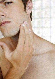 Como tirar manchas no rosto
