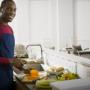 5 truques de cozinha para homens solteiros!